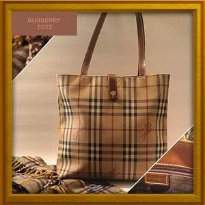 Burberry Handbags - BURBERRY TOTE 💢SOLD💢
