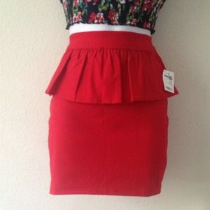 Charlotte Russe Dresses & Skirts - 🎉Peplum skirt🎉 Fun & Fearless Host Pick 03/01/14