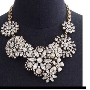 Brand new crystal flower lattice necklace.