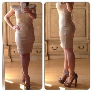 Gripp Dresses - NWT Gripp Cream Nude Bodycon XS Small