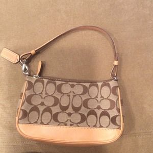Like new coach handbag