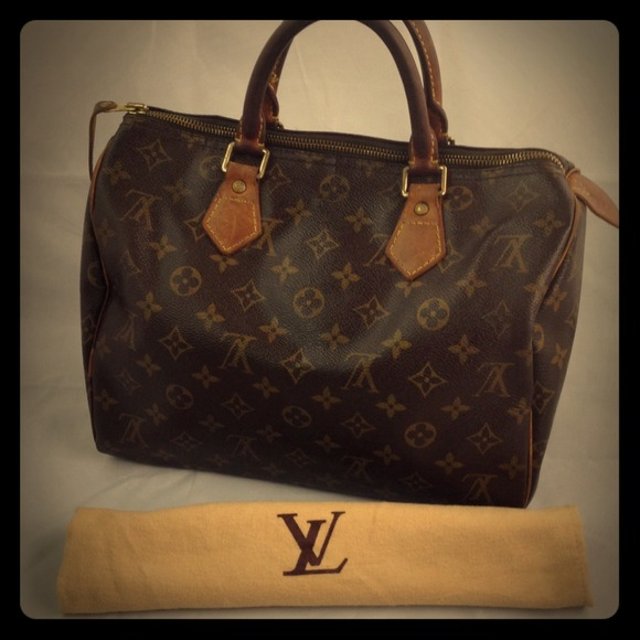 975a909fbbb9 Louis Vuitton Handbags - 💯Authentic Louis Vuitton Speedy 30