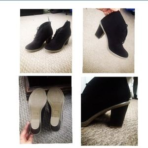 Shoes - Black Booties 😘💞