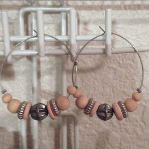 Hoop Earrings w Beads