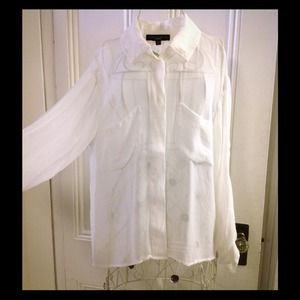Sanctuary white sheer button up with slit in back