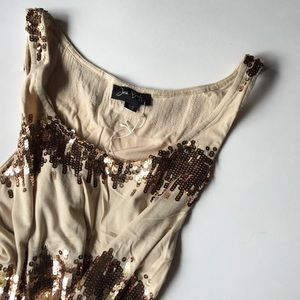 Josh Brody Dresses & Skirts - 🎉HP 🎉 (NWT) Josh Brody Sequin Beige Dress