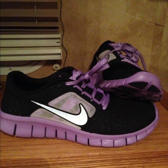 brand new dfc13 38909 🚨SOLD🚨Super cute purple Nikes free runs 3 🚨🚨