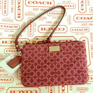 NEW Authentic Coach Op Art Wristlet