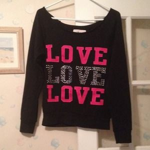 Tops - Nwot love top