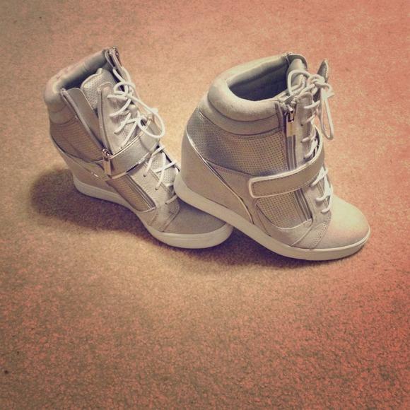 Sold Nwot Jennifer Lopez Wedge Sneakers
