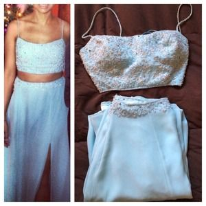 Vintage 2 piece sky blue dress