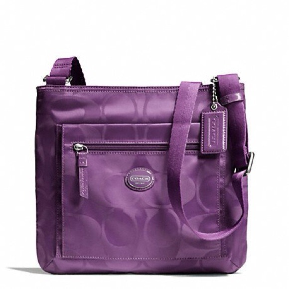 b070921966 ⛔Sold⛔Coach purple crossbody bag NWT