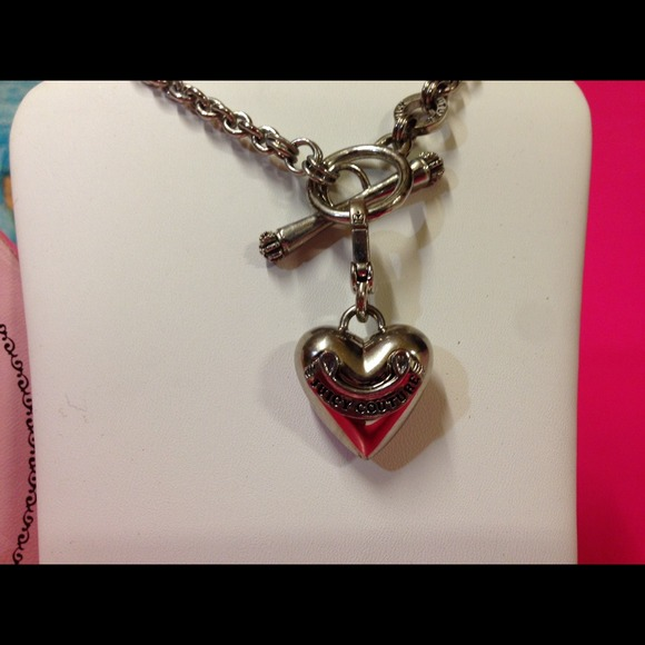Juicy couture price juicy silver heart charm choker for Juicy couture jewelry necklace