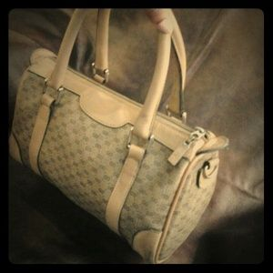 Vintage Auth Gucci handbag! Cream/Tan