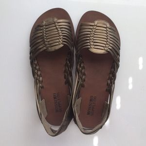 Mossimo Shoes - Bronze gladiator flats