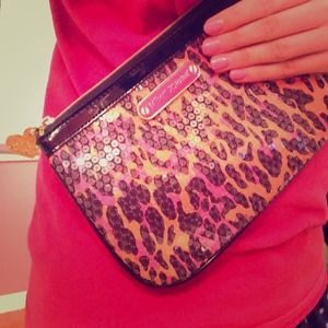 abf8a8314c0 Betsey Johnson Bags - 💢SOLD ON VINTED Betsey Johnson Clutch/Makeup Bag
