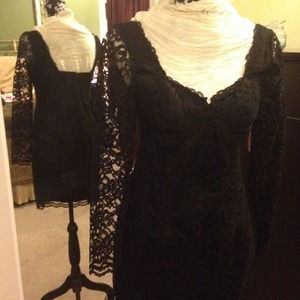 Dresses & Skirts - Short black lacy dress for petite