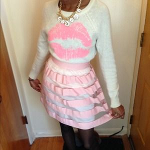 Polar bear and Lip Stain Sweater S/Yonce skirt sm
