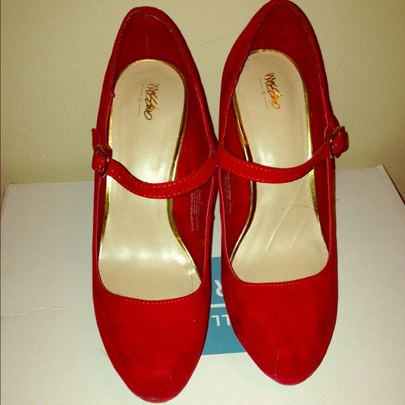 e93156a40784 🔺MOSSIMO🔺Suede Red Mary Jane heels. M 5302cd9a1b865a404015af65