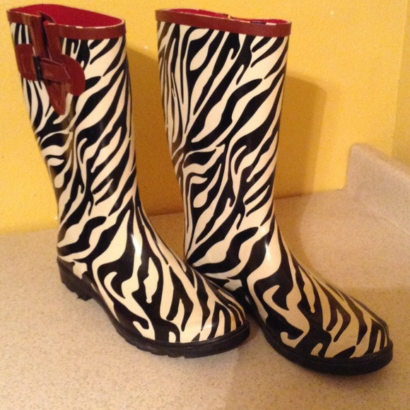 stone creek - Zebra rain boots size 10 women EUC from Michelle's ...