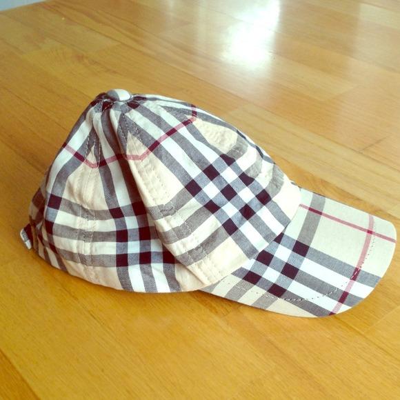 151e70ea45d Burberry Accessories - RESERVED  reciecupp Burberry Baseball Cap