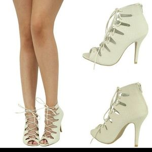 SALE Olive Green Brand New Lace Up Heels 7 from Neeshi's closet on ...