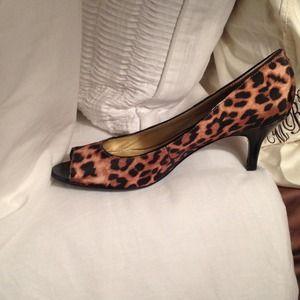 Shoes - Leopard peep toe kitten heels