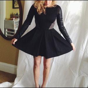 Stella & Jamie Dresses & Skirts - Stunning leather dress