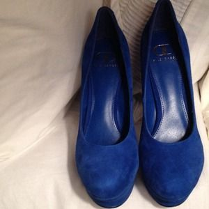 Kelsi Dagger Shoes - Kelsi Dagger Blue Suede Platform Pumps
