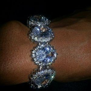 Strech band bracelet