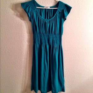 HURLEY Scoopneck Teal Everyday Dress w/ pockets!