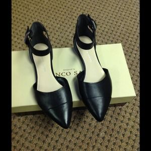 Franco Sarto blk leather d'orsay ankle strap flats