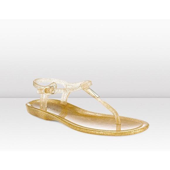 608a33ed9a4    NWT     Jimmy Choo gold  Maui jelly sandals.