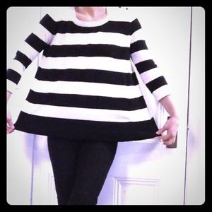 Black and white striped light knit top