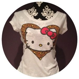 Tops - 🚫SOLD🚫Hello Kitty Leopard Heart Top