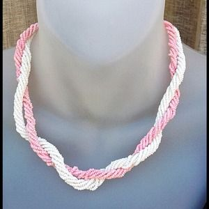 Jewelry - Pink and white double rope necklace