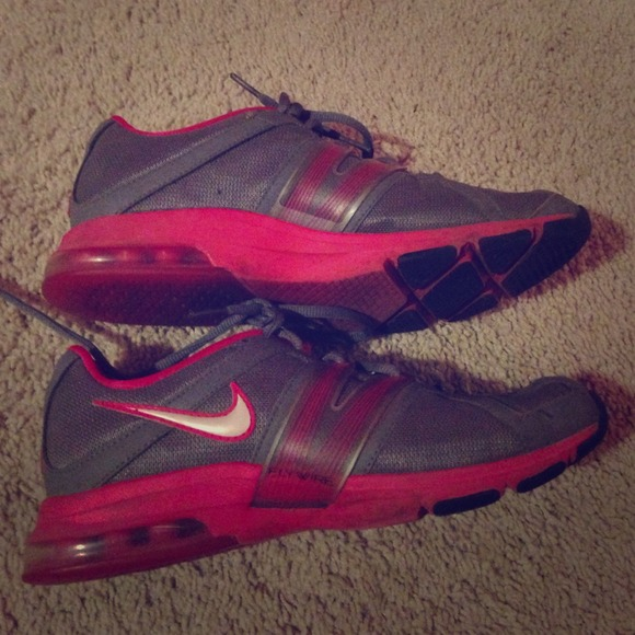 55 shoes grey and pink nike tennis shoes from