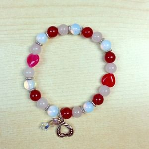 Accessories - ✂️️REDUCED✂️New! Natural Gems w/ charms bracelet.