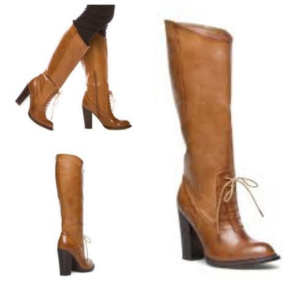 Victorian Inspired Lace Up Boots W