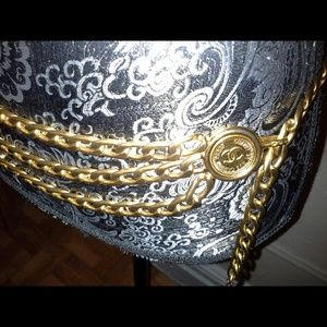 Triple link CHANEL belt Vintage