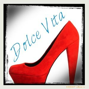 🎉2X HP🎉💎Dolce Vita💎 gorgeous suede pumps
