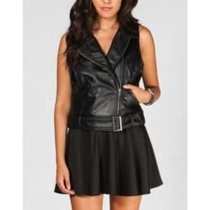 Jack by BB Dakota Tops - Black vegan leather Moto vest