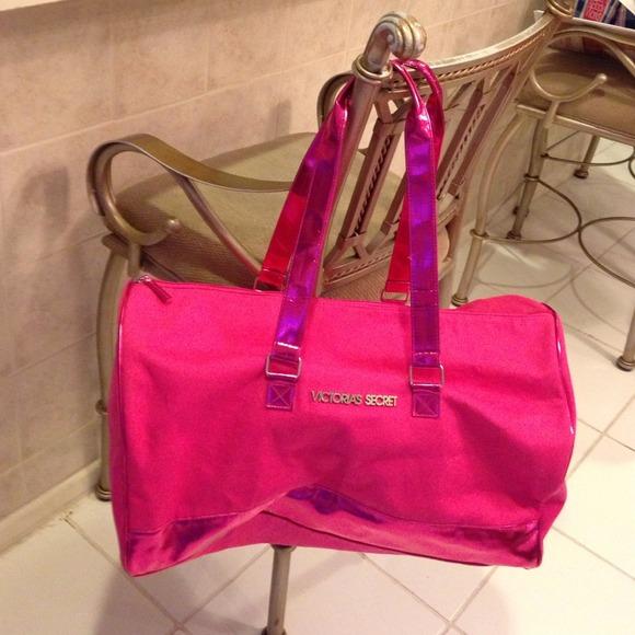 70% off Victoria's Secret Handbags - Victorias Secret X-Large Pink ...