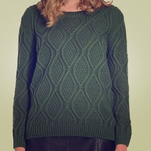 Sweaters - ⚡️72 HR SALE⚡️Chunky Forrest Green Diamond Sweater
