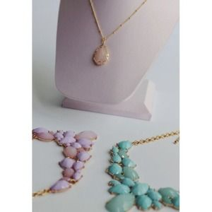 Jewelry - Pink Teardrop Gold Necklace