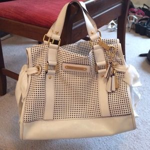 Juicy Couture Handbags - Juicy Couture White Leather Daydreamer