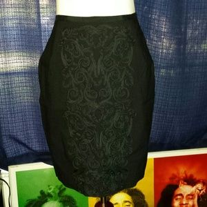 Embroidered black pencil skirt