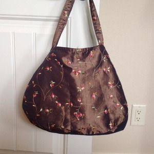 Embroidered tote bag in taupe brown