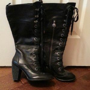 Vince Camuto sz8 boots