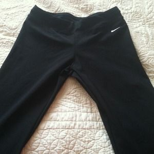 Black flare leg yoga pants